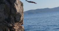 Jump in Brela
