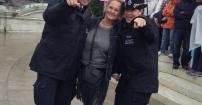 Nie tacy ponurzy Londyńscy policjanci