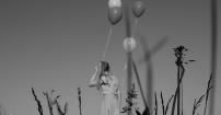 Modelka z Balonami w Parku Pszczyńskim